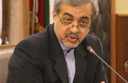 فرماندار لاهیجان در نشست صمیمی با خبرنگاران گفت: حل مشکلات با چایخواران پس از حل مشکلات با چایکاران