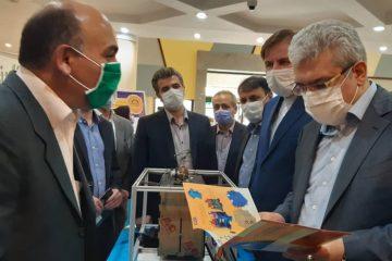بازدید معاون علمی و فناوری رئیس جمهوری از نمایشگاه دستاوردها و محصولات فناورانه دانشگاه گیلان