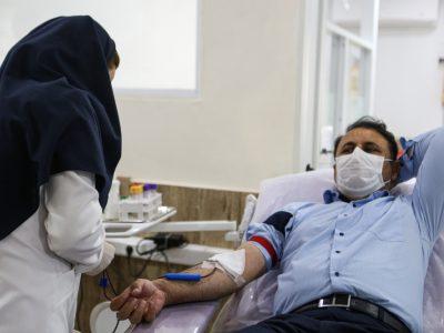 اهدای خون و بازدید از مرکز انتقال خون گیلان، توسط فرماندار شهرستان رشت