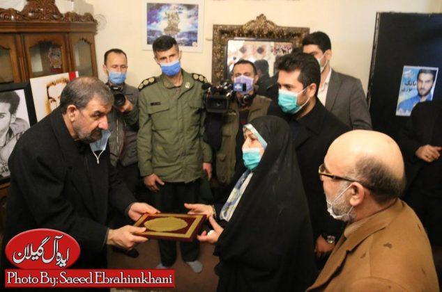 گزارش تصویری/دیدار دبیر مجمع تشخیص مصلحت نظام با خانواده شهید مدافع حرم بابک نوری هریس